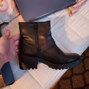Mid high heel boots with buckle